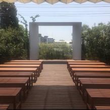 ガーデンチャペル②(日除けカーテンあり)