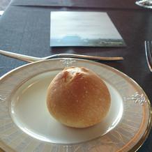 フランスパンを丸くしたパン