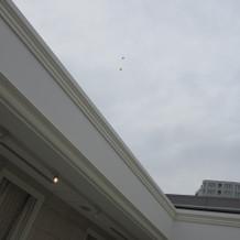 チャペルの天井は開閉式
