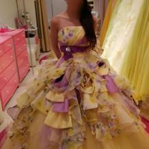 選んだカラードレス