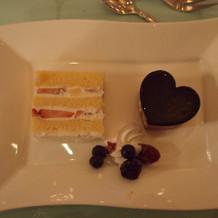 オプションでケーキ+チョコレートムース