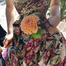 扇子に花をつけていただきました!