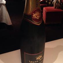 ひらまつが持つワイナリーのワインです。