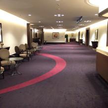 とても広く、ホテルらしい雰囲気です。