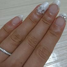 指輪とブライダルネイルです。