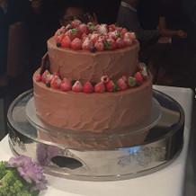 豪華なウェディングケーキ