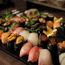 寿司バーはゲストにとても好評。オススメ