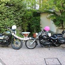 式場にもバイクが飾れるスペースあり
