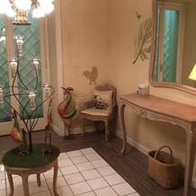 女子トイレも広くてかわいい