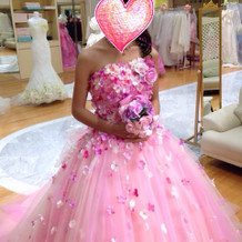 とびっきり可愛くなれるピンクドレス