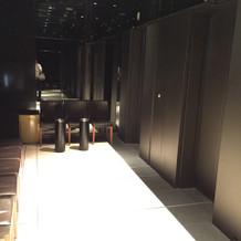 9階エレベーター前の喫煙スペース