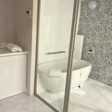 新郎新婦の控室のバスルームです