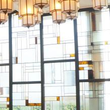 式場のガラスが綺麗