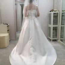 1番値段も安いスタンダードのドレス