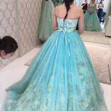 式当日に着させて頂いたCドレスです。
