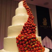 ケーキは全て本物!