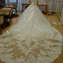 ウエディングドレスの形が豊富。