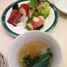 五目野菜スープとポテトのベーコン巻き