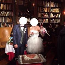 結婚式で親族紹介に使った会場です。