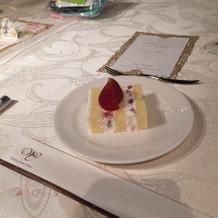 ウェディングケーキ美味しかった