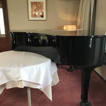 クルーザーのピアノ