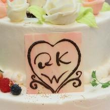 ケーキのプレートも食べられます。