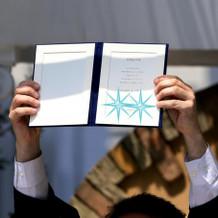 結婚証明書。その場でサインしたもの