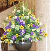 1階ロビーの生け花