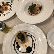 試食は数皿注文し食べ比べて決めました
