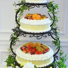 フレッシュウェディングケーキ