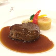 メインの試食で提供されたお肉のアップ。