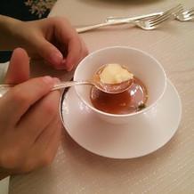 スープの中に茶碗蒸しです!