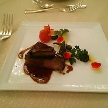 メインの牛フィレ肉とフォアグラ!