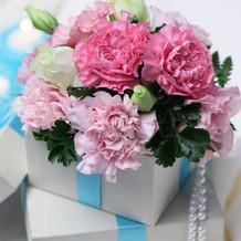 お花だけでなくボックスも用意頂きました