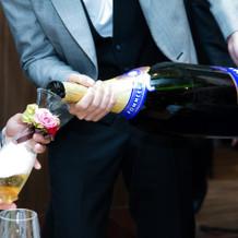 10万円のシャンパンは迫力あり!