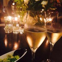 スパークリングワインとパスタ