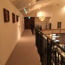 お色直しの時に2階から入場しました。