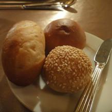 パンは暖かかったです