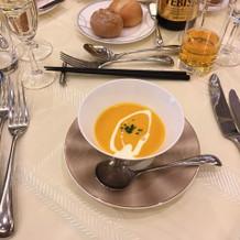 飲みやすいと好評なコーンスープでした。