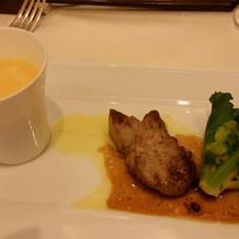 スープとフォアグラの組み合わせ