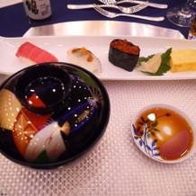 にぎり寿司と祝椀