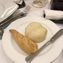 パンは3種類選べます。 食べ放題です。