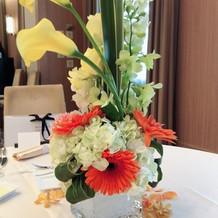 ゲストテーブルの花別方向