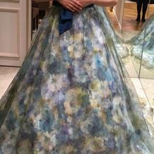珍しいデザインのドレス