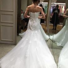 着用したドレス 後ろ姿も好評でした