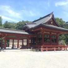 挙式場所の鶴岡八幡宮舞殿。