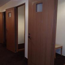 ゲスト用の更衣室が3室有り