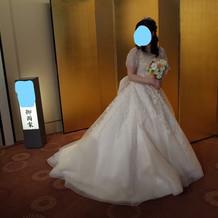 あつらえたかのようにぴったりなドレス