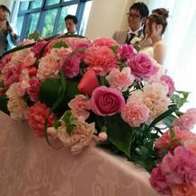 会場の飾り付けのお花