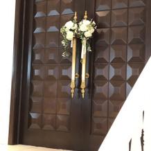 チャペルのドア。ここから入場です